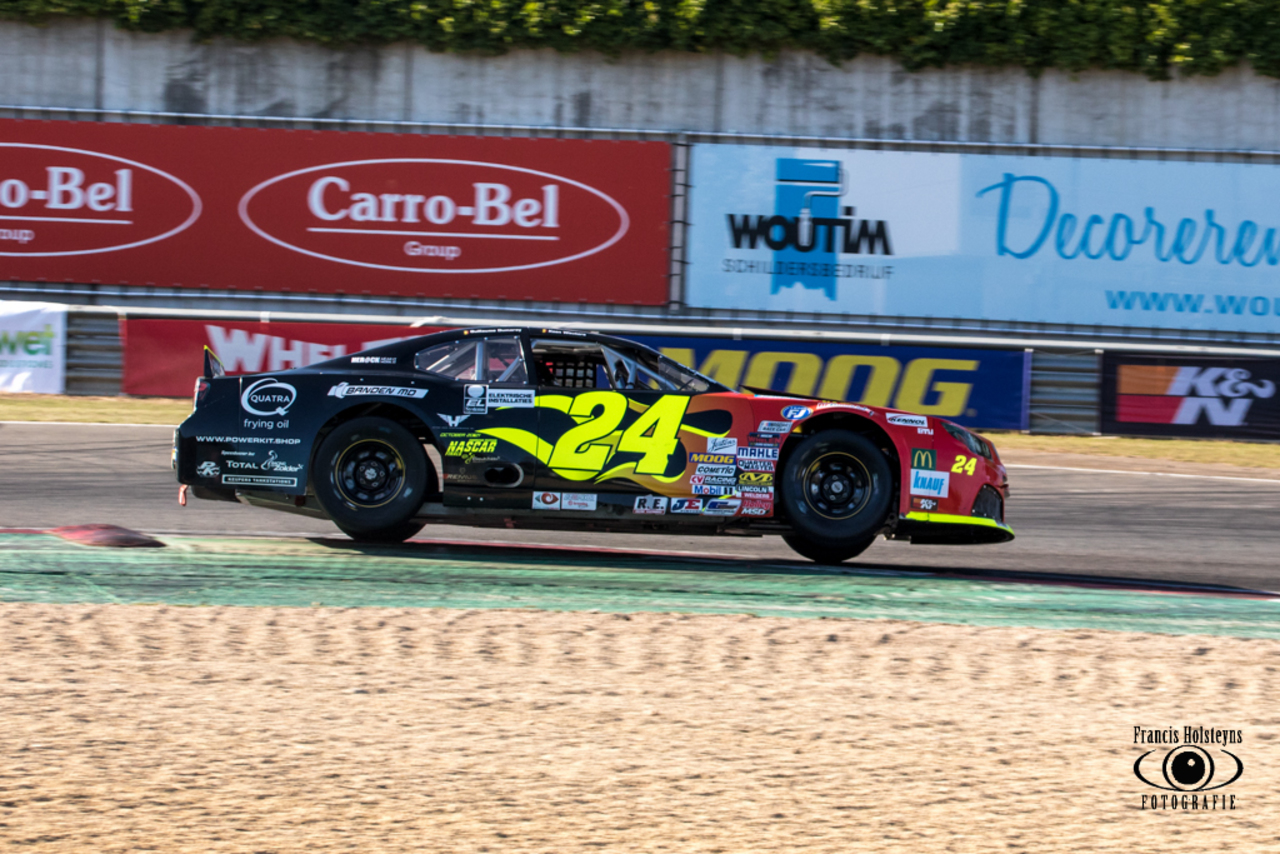 Tom Boonen en Niels Albert in de NASCAR Whelen Euro Series